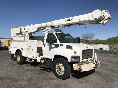 G&A Equipment, Inc  | 2007 Chevy C-7500 Over-Center 60' Altec MH